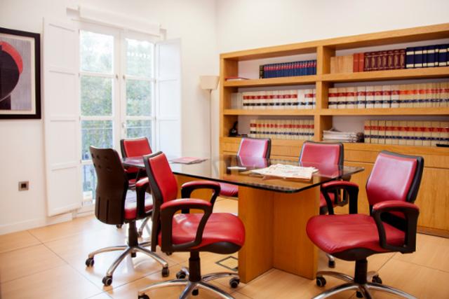 Sala reunión despacho de abogados