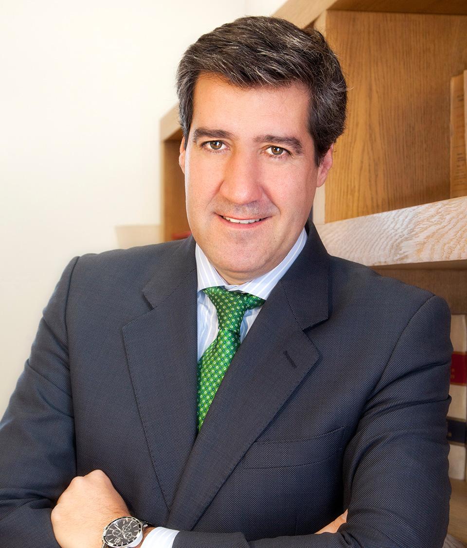 Antonio. Abogado fiscalista