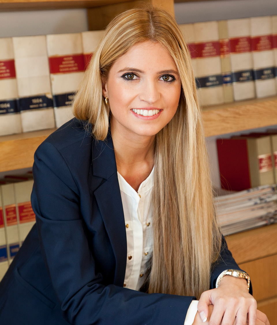 Beatriz Ramierz. Profesional en asesoría fiscal