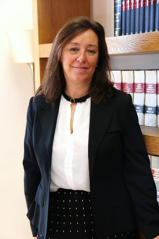 Magdalena. Abogada derecho civil